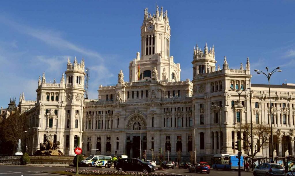 Один из известнейших образцов эклектики - здание Городского совета Мадрида