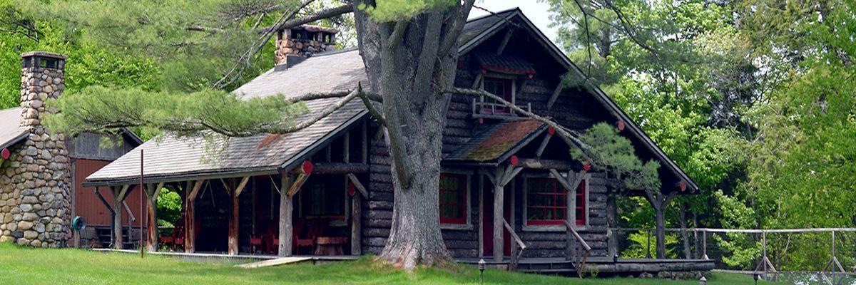 Загородный дом в стиле Адирондак