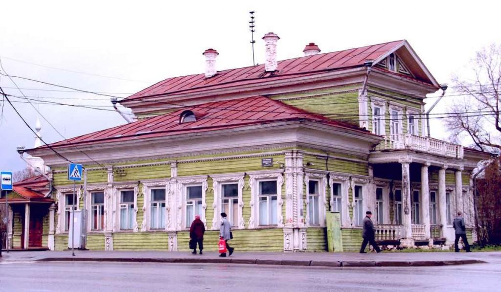 Дом дворян Засецких, построенный в вологодском архитектурном стиле