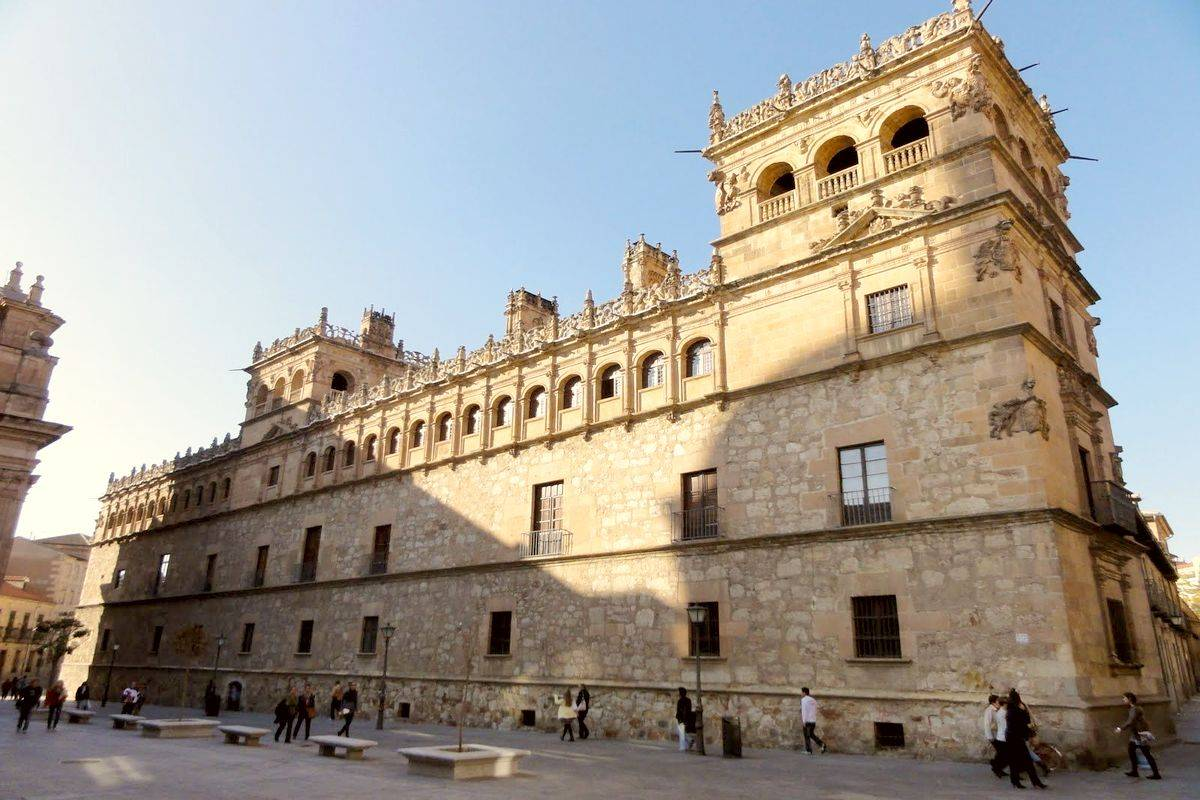 Дворец Монтеррей в Саламанке. Пример испанского архитектурного стиля платереско